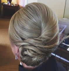 Excellent Gorgeous Mother of the Bride Hairstyles: 70 Ideas, Looks, Inspiration https://bridalore.com/2017/07/11/gorgeous-mother-of-the-bride-hairstyles-70-ideas-looks-inspiration/