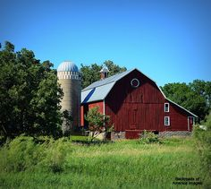 Backroads of Minnesota #344 - Outside the other Austin city limits  by Isadore Schaefer on Capture Minnesota // From the back roads of yesterday and the city that knows how to ham it up, to a barn that has been bacon in the sun for years. (Ham, Bacon, never mind).  Have a safe weekend