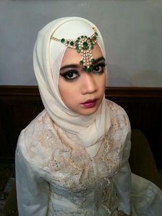 Arabian Muslim Women, Hijab Fashion, Style, Swag, Outfits