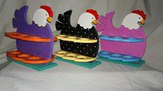 El Faro De La Libélula: Gallinas Hueveras Chicken Crafts, Antique Items, Goku, Gift Baskets, Ideas Para, Toy Chest, Decoupage, Diy And Crafts, Flora