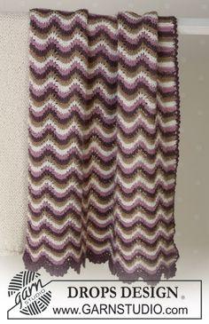 Blanket in wavy pattern in Alpaca Free pattern by DROPS Design. Knitting For Kids, Knitting Yarn, Baby Knitting, Crochet Baby, Knit Crochet, Afghan Patterns, Knitting Patterns Free, Free Knitting, Free Pattern