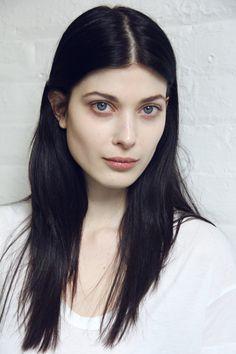 LARISSA HOFMANN
