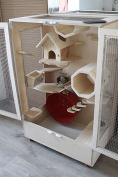 Lunny chinchilla cage from Lenwood