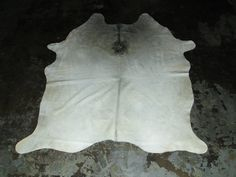 Real White Cowhide - x feet x feet Cow Leather, Real Leather, White Cowhide Rug, Cow Hide Rug, Memorable Gifts, Latex Free, Online Home Decor Stores, Abstract Pattern, Leather Fashion