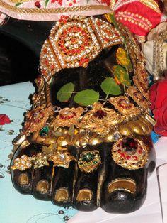 Bejeweled lotus foot of Narasimha | | ☚ ❣❣❣♡❊**Have a Good Day**❊ ~ ❤✿❤ ♫ ♥ X ღɱɧღ ❤ ~ Mon 5th Jan 2015