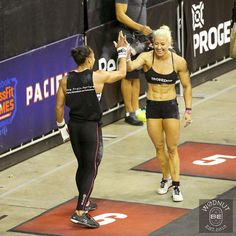 The most exciting event last weekend was to watch these 2 battling it out for first place in event 6 Crossfit Regionals, Crossfit Photography, Crossfit Inspiration, Crossfit Games, Inspiring People, That Look, Exercise, Running, Watch