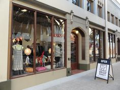 ... Brick Monkey Opens Second Store in Downtown RWC