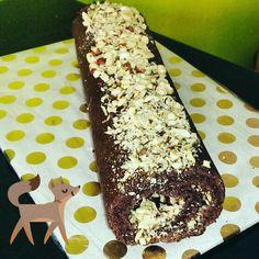 #Schoko-Biskuit-Rolle mit #Nuss-Nougat Füllung #lecker #crunchy #sweetdreams
