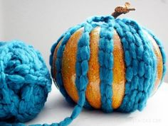 Create pest free Thanksgiving decorations by making these yarn wrapped pumpkins. Pumpkin Crafts, Fall Crafts, Pumpkin Decorating, Decorating Tips, Thanksgiving Decorations, Fall Halloween, Craft Projects, Craft Ideas, Homemaking
