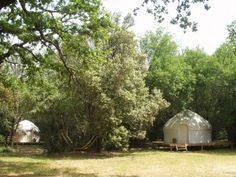 http://www.campingmilletoiles.com/yourtes