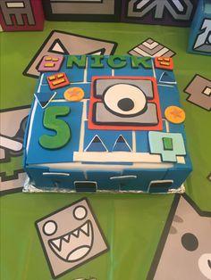 Geometry dash birthday cake