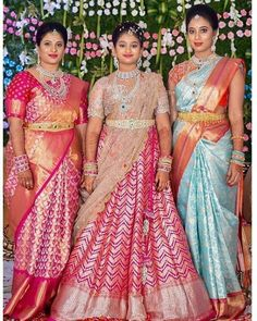 Kerala Saree Blouse Designs, Half Saree Designs, Bridal Blouse Designs, Lehenga Designs, Party Wear Indian Dresses, Indian Bridal Outfits, Indian Bridal Fashion, Indian Designer Outfits, Designer Dresses