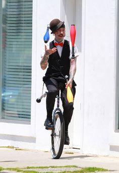 Juggler richie the barber eddies friend!!