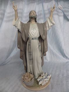 Retired Lladro The Loaves and Fishes Jesus Figure Porcelain 5896 Made in Spain