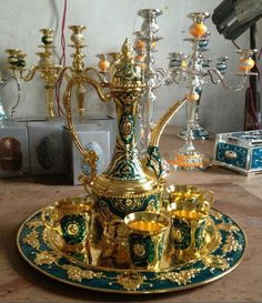 - Best ideas for decoration and makeup - Turkish Lamps, Turkish Tea, Arabic Tea, Arabic Coffee, Statue Antique, Tee Set, Silver Tea Set, Teapots And Cups, Home Decor Online