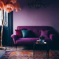 <<>> All of these cold winter nights are making me long for bold colours and this fabulous orange feather lamp 😍 N E W rugs on the grid this weekend. . . #inspo #glasgow #vintagerug #rugs #shawlands #persian  #persianrug #persianrugs #bohostyle #vintagestyle #vintage #bohemian #glasgowvintage #interiors #interiordesign #midcentury #bohemianstyle #vintagefurniture #styleitdark #edinburghvintage #livingroomdecor #homesweethome #instahome #myhomestyle #darkinterier #bedroominspo…