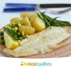 Para uma refeição leve e saudável, separamos algumas opções baratas e saudáveis para você inclui-lo no seu cardápio http://maisequilibrio.com.br/nutricao/peixes-baratos-e-saudaveis-2-1-1-731.html