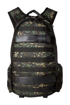 Mochila Nike Sb RPM Graphic Camo (M1570) 98 Luggage Backpack, Black Backpack, Backpack Bags, Mochila Nike Sb, Skate Shop, Camo, Street Style, Backpacks, Street Fashion