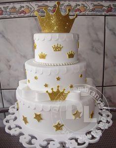 Gold Birthday Cake, Baby Birthday Cakes, Birthday Parties, Beautiful Cake Designs, Beautiful Cakes, Amazing Cakes, Bolo Fake Eva, Bolo Fack, Prince Cake