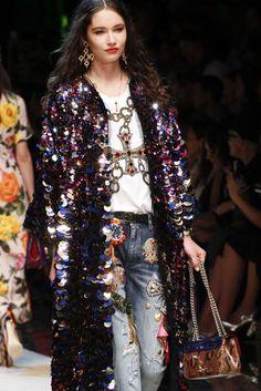 Dolce & Gabbana Spring/Summer 2017 Ready To Wear Details   British Vogue