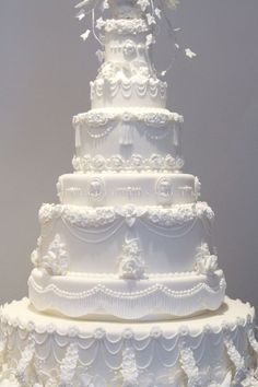 Wedding Cake gallery | Hall of Cakes by lacy #weddingcakes