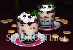 Pudinkový pohár s ovocem