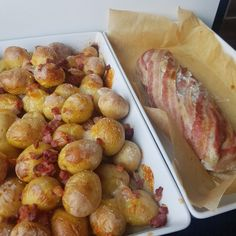 Kyllingerulle med baconkartofler. Let og lækkert. – #Hashtagmor Pretzel Bites, Chicken Recipes, Bacon, Food And Drink, Snacks, Dinner, Vegetables, Cooking, Healthy