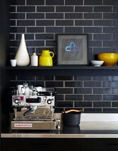 Handsome kitchen space using matte black subway tile. | japanesetrash.com