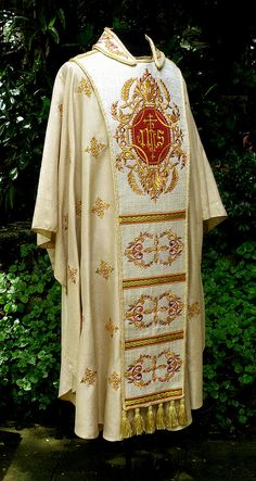 Center Stole and Chasuble | by PLUMARIA SACRED VESTMENTS