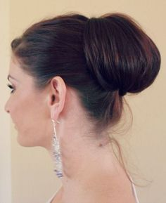 chignon | Minute Chignon. This site has some fantastic hair ideas for long ...