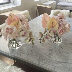The Best Wedding Flower Arrangement Ideas - Put the Ring on It Wedding Flower Arrangements, Wedding Centerpieces, Wedding Bouquets, Wedding Decorations, Modern Floral Arrangements, Centrepieces, Ikebana, Floral Wedding, Wedding Flowers