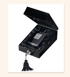 Kilian Back To Black Aphrodisiac Refillable Eau de Parfum Spray for Unisex, Ounce Perfume Packaging, Luxury Packaging, Packaging Boxes, Design Packaging, Brand Packaging, Luxury Branding, Back To Black, By Kilian, Cruel Intentions