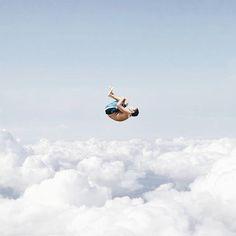 Falling into a dream ☁