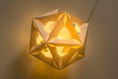 Hendrike Roers Dokadé</em> light object. Japan paper