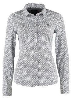 Ob als Businessbluse oder zu einer Jeans, diese Bluse ist perfekt. Marc O'Polo Hemdbluse - white für 69,95 € (04.12.14) versandkostenfrei bei Zalando bestellen.