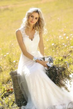 LORIE Vintage Wedding dress 2019 V Neck Lace Mermaid Wedding Gown White Ivory with sashes Cuatom Made Bridal Gown - Luxury Wedding Dress, Casual Wedding, Bridal Wedding Dresses, Cheap Wedding Dress, Lace Wedding, Wedding White, Vestidos Vintage, Vintage Dresses, Lace Mermaid