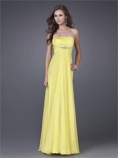 www.simpledresses.co.uk Shop prom dresses, formal gowns and cocktail dresses at our prom dress shop. Find the best prices for dresses for prom, homecoming, graduation and sweet 16 dresses at www.simpledresses.co.uk