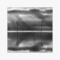 the sea - reflection I von Momento Eterno