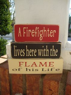 This sign is hand painted. There is NO VINYL or STICKERS used on this sign. I make them so you can enjoy them for a very long time! A great set of blocks for a Firefighter and his Flame. Perfect to sit on a shelf, desk, mantle or table. I can change the word Firefighter to say