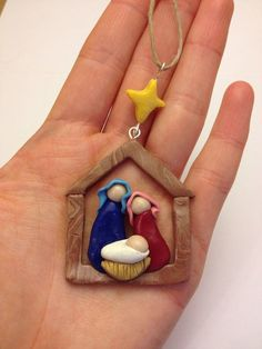 This rustic nativity scene is the perfect decoration for a traditional Christmas tree. It is handmade with polymer clay in marbled faux wood colors and green Clay Christmas Decorations, Polymer Clay Christmas, Christmas Projects, Holiday Crafts, Christmas Ornaments, Christmas Nativity, Christmas Bells, Christmas Angels, Kids Christmas