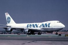 Two classics ... 747-212B and Pan Am