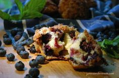 Crumble Top Blueberry Muffins