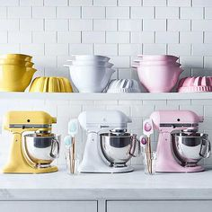 Brighten up our kitchen with these pretty pastel appliances, kitchen gadgets and more that will really pop in your cooking space. (via @jakonya)
