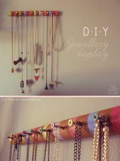 DIY jewellery display - the crafty cloud ☁