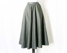 Vintage 80s Chevron Striped Gray Wool Skirt XS Retro 40s - PopFizzVintage