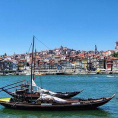 In the mood for sun & water #oporto #porto #portugal #ribeira #douro #duero #boat #river #summermood #spring #wanderlust #picoftheday #travelingram #travelgram #beatifuldestinations #iwantholidays by desenladrillador