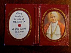 SOLD! Antique Mid-Century Catholic Relic Book - Bound & Framed Cloth Touched to Relic of St Pius with Picture Made in Italy. $30 + shipping Catholic Relics, Ancient Artifacts, Antique Jewelry, Mid Century, Italy, Antiques, Handmade Gifts, Frame, Books