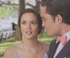 The way he looks at her.