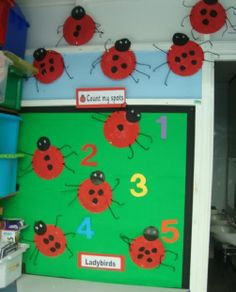 A super Counting Ladybirds classroom display photo contribution. Great ideas for your classroom! Preschool Displays, Classroom Wall Displays, Classroom Decor Themes, Classroom Walls, Back To School Displays, Display Boards For School, Class Displays, Photo Displays, Fall Preschool