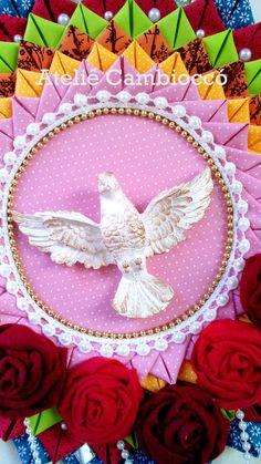 Divino Espírito Santo para decoração.  tamanho: 34x34cm